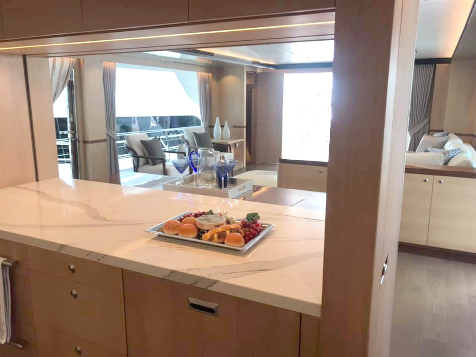 FD77 galley