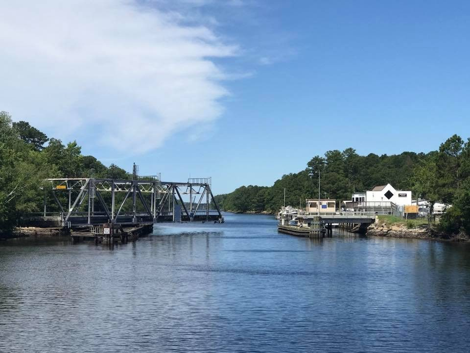 Cruising The Ditch - Centerville Bridge