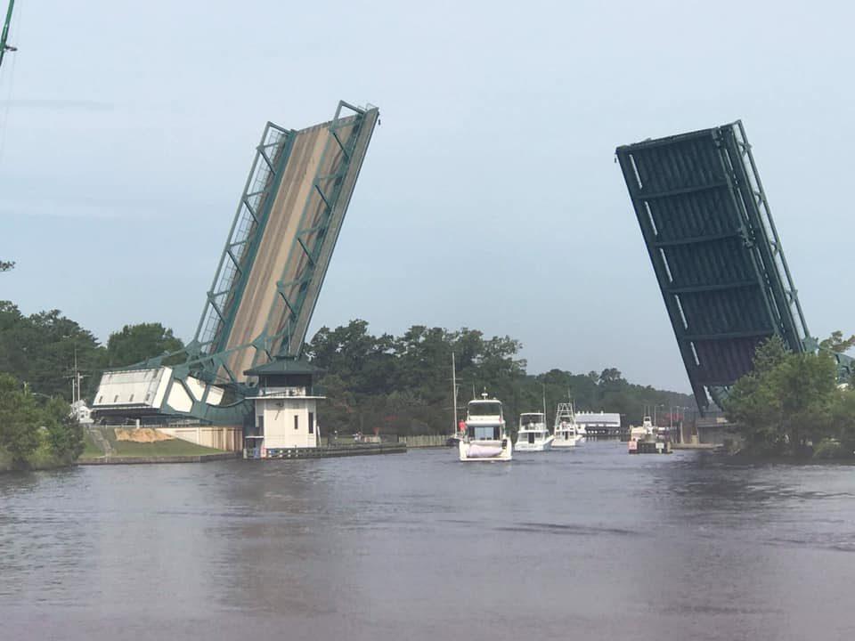 Cruising through Great Bridge - Photo Credit: Lisa Ashby Stoltz - S/V Star Keeper