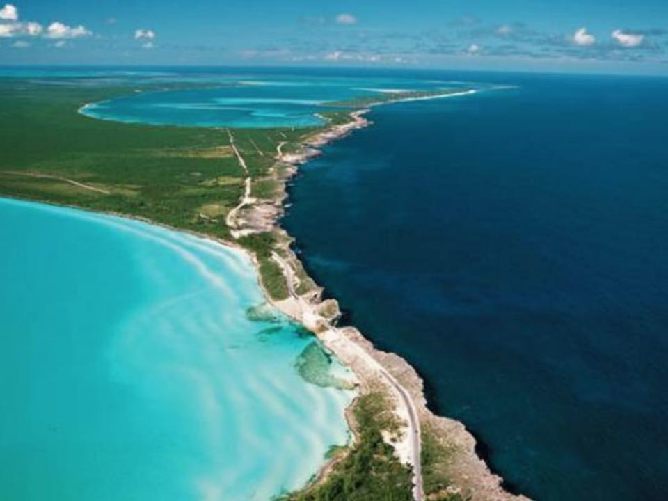 Glass Window Bridge from above - Source: Bahamas.com