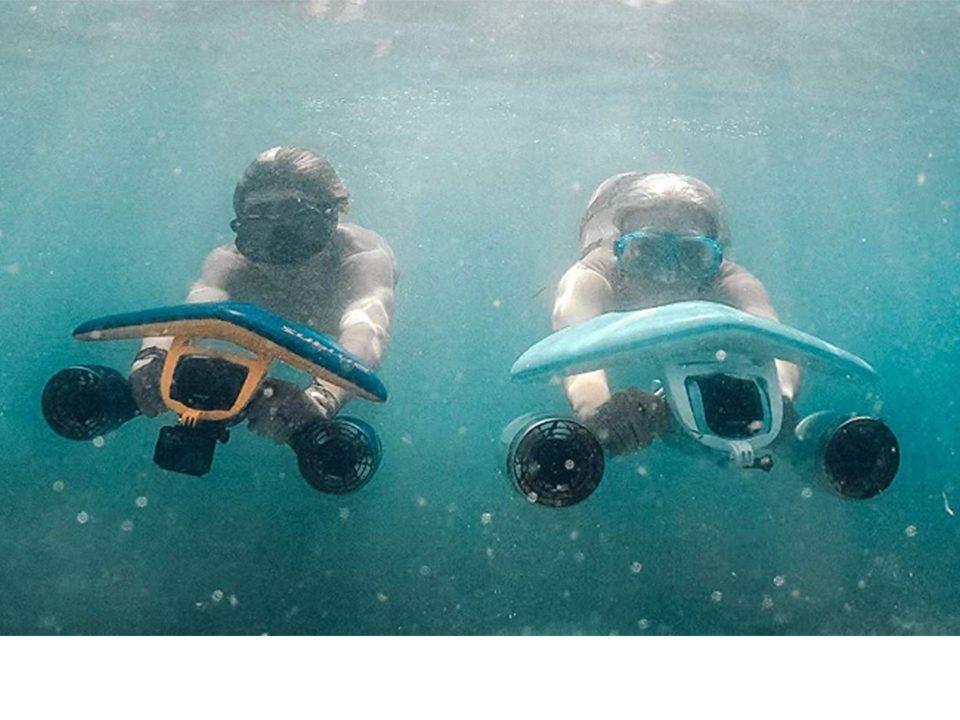 WhiteShark Mix Underwater Scooter - Photo: www.amazon.com