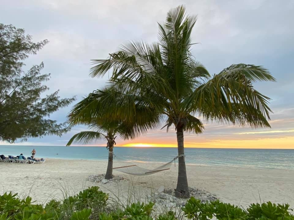 Cape Eleuthera Sunset beach