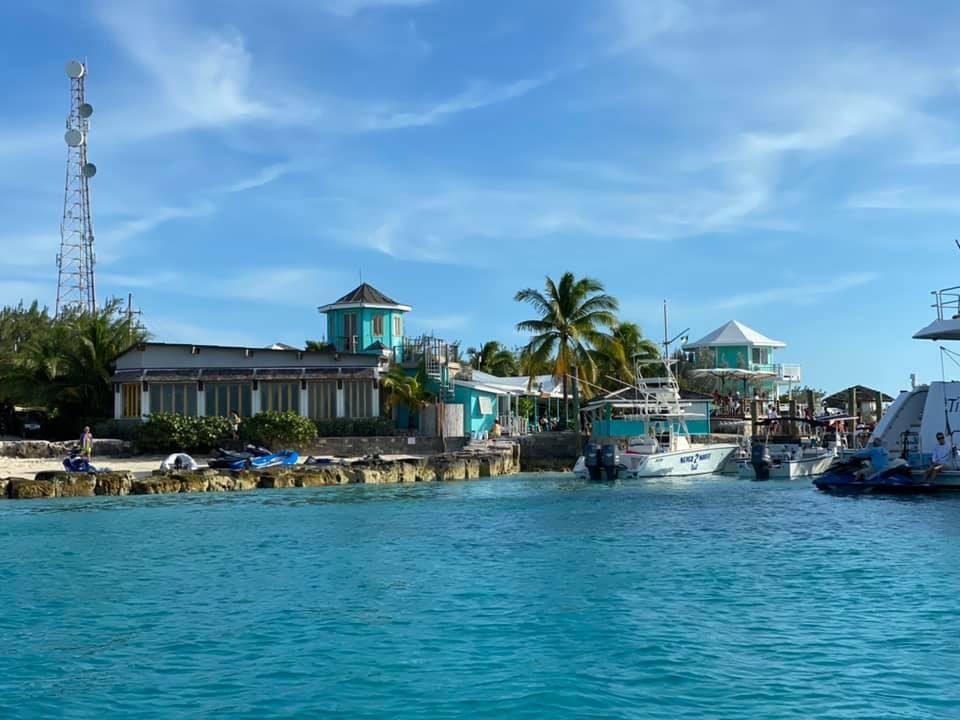 Staniel Cay Yacht Club - SCYC