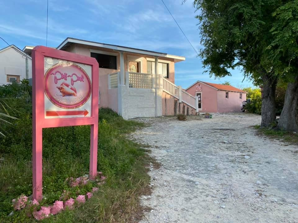 Staniel Cay Pink Store