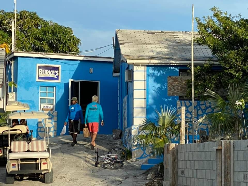 Staniel Cay Blue Store