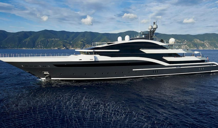 Winner Displacement Motor Yachts 2000GT and above - M/Y DAR Source: Boat International